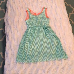 Cute Chevron Dress (Size 12)